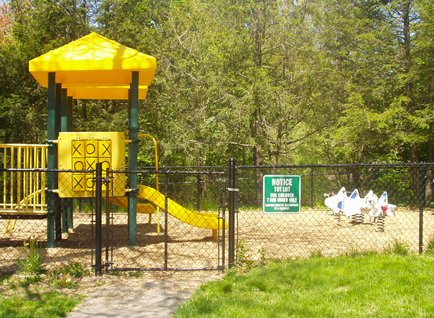 Highland Hills play area